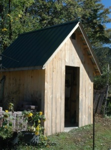 garden shed-front